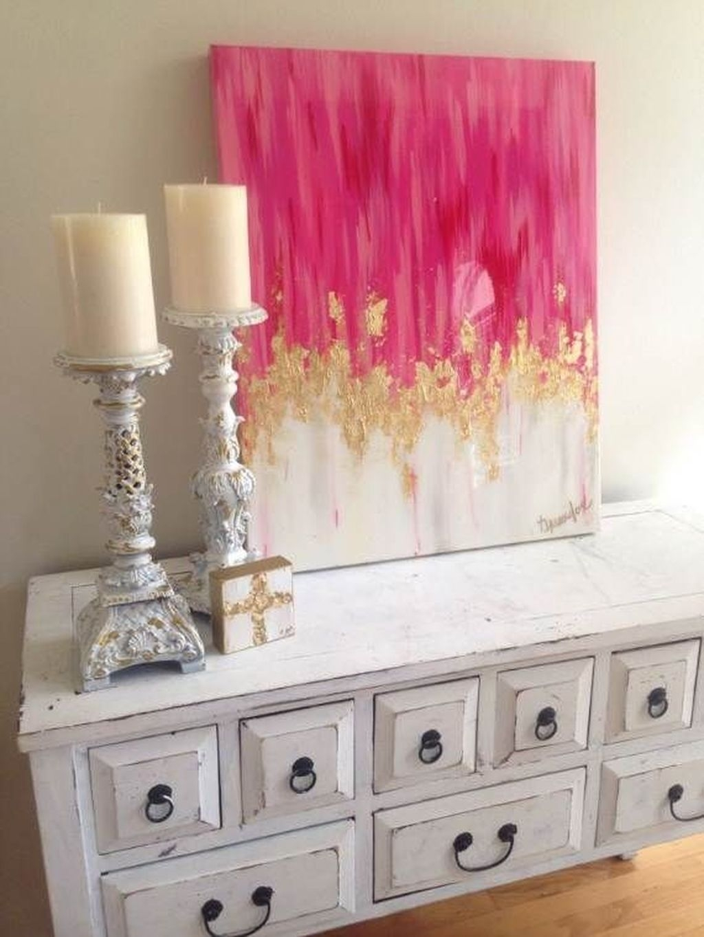 Valentines Day Home Decor With White Color Scheme 27