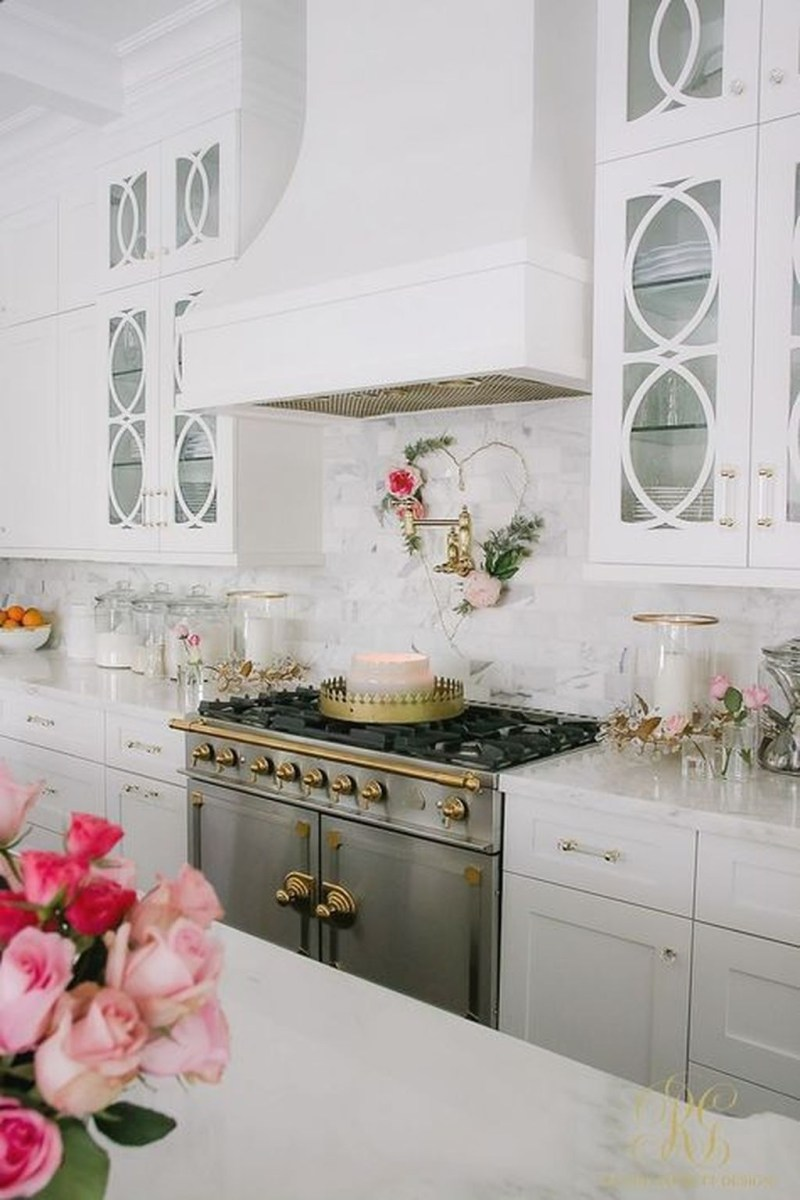 Valentines Day Home Decor With White Color Scheme 37