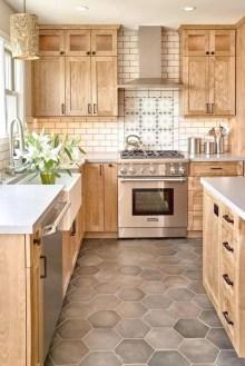 Affordable Kitchen Backsplash Decor Ideas 17