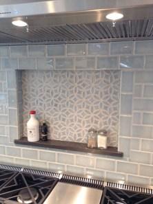 Affordable Kitchen Backsplash Decor Ideas 21