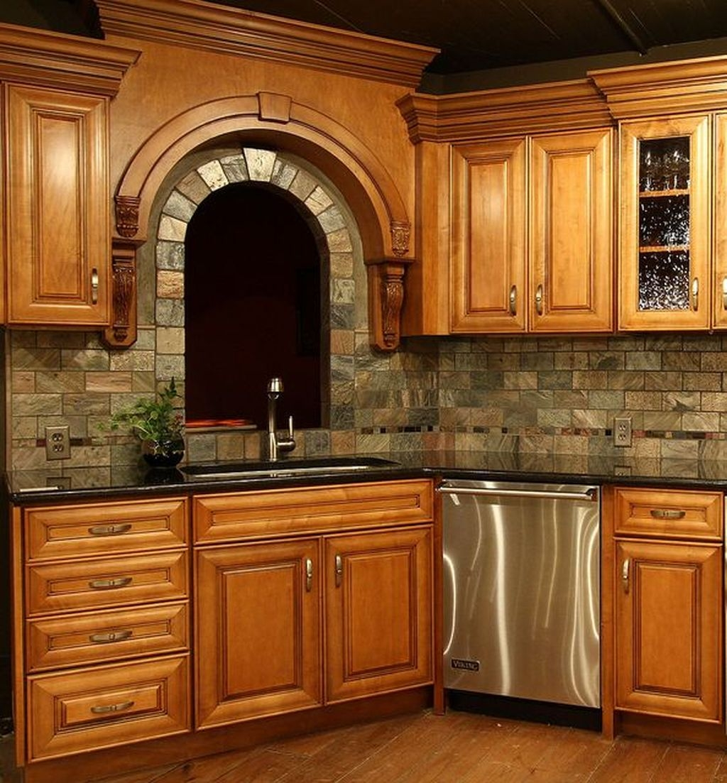 Affordable Kitchen Backsplash Decor Ideas 38