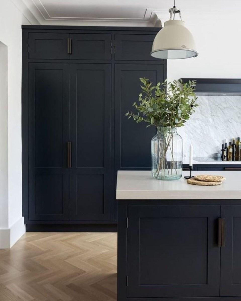 Black Kitchen Design Ideas With White Color Accent 15