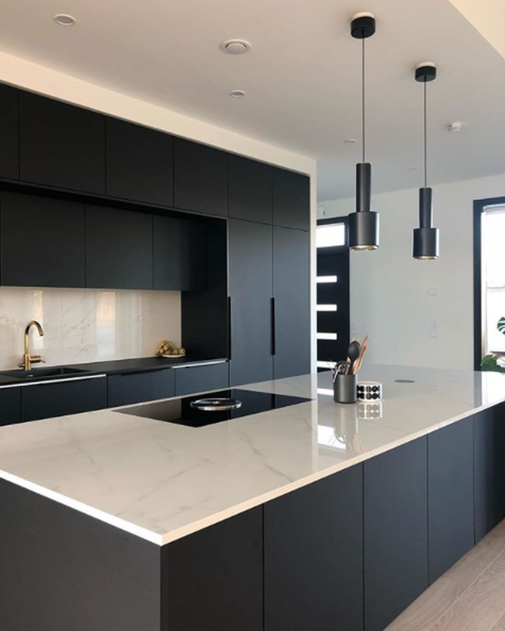 Black Kitchen Design Ideas With White Color Accent 24