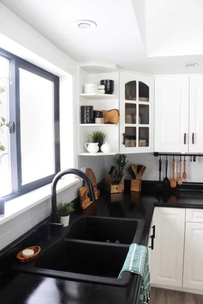 Black Kitchen Design Ideas With White Color Accent 31