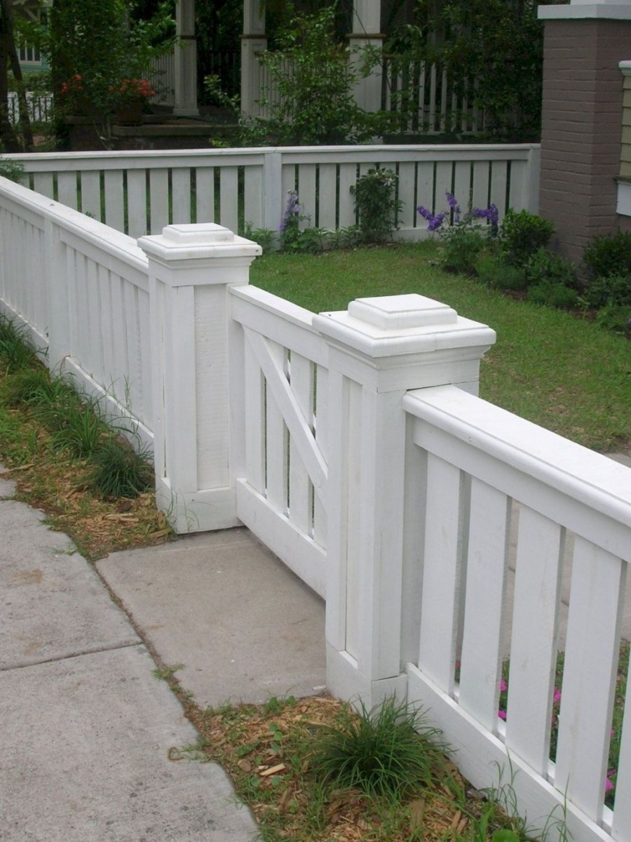 Front Yard Fence Ideas That You Need To Try 32