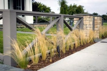 Front Yard Fence Ideas That You Need To Try 38