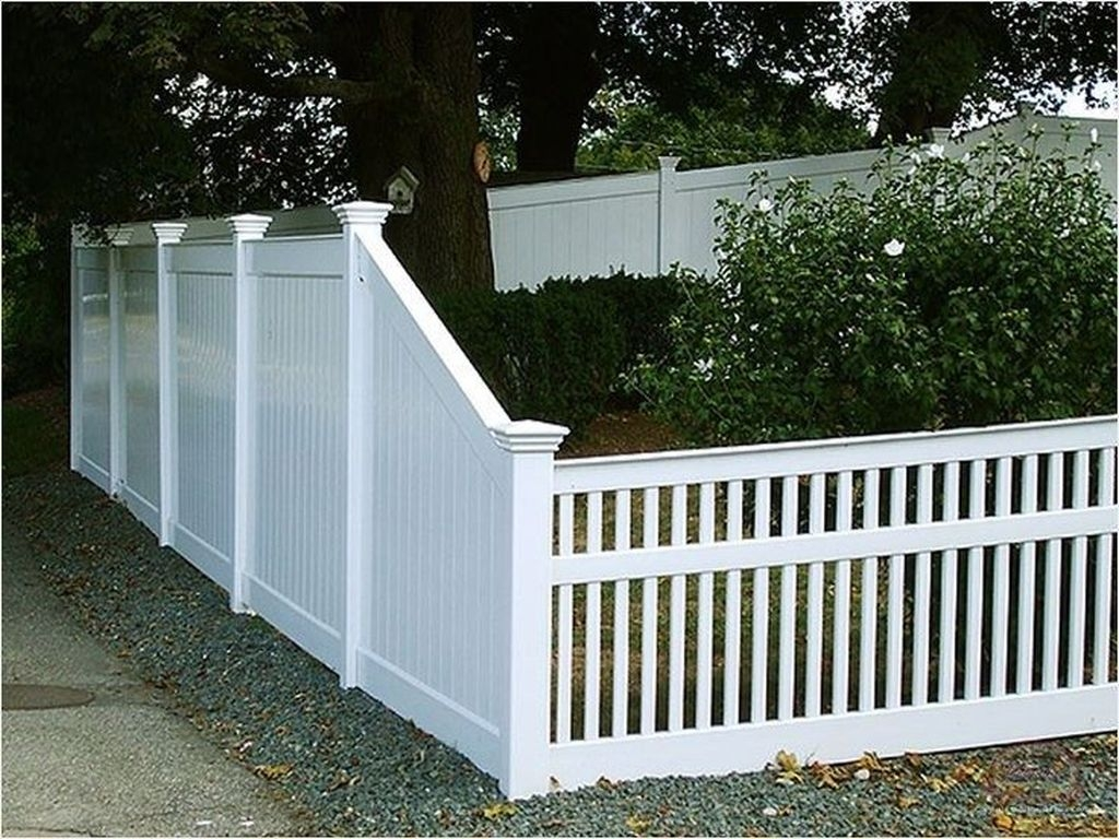 Front Yard Fence Ideas That You Need To Try 39