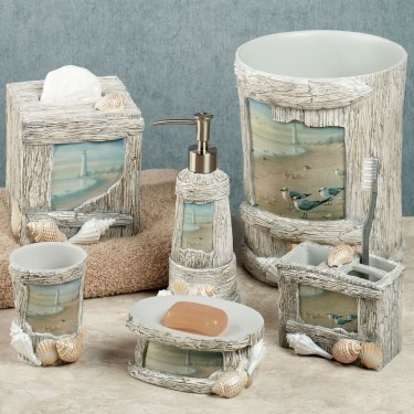 Nice Bathroom Decoration With Coastal Style 08