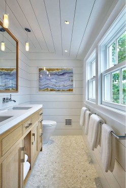 Nice Bathroom Decoration With Coastal Style 18