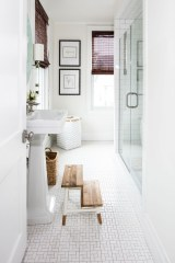 Nice Bathroom Decoration With Coastal Style 20