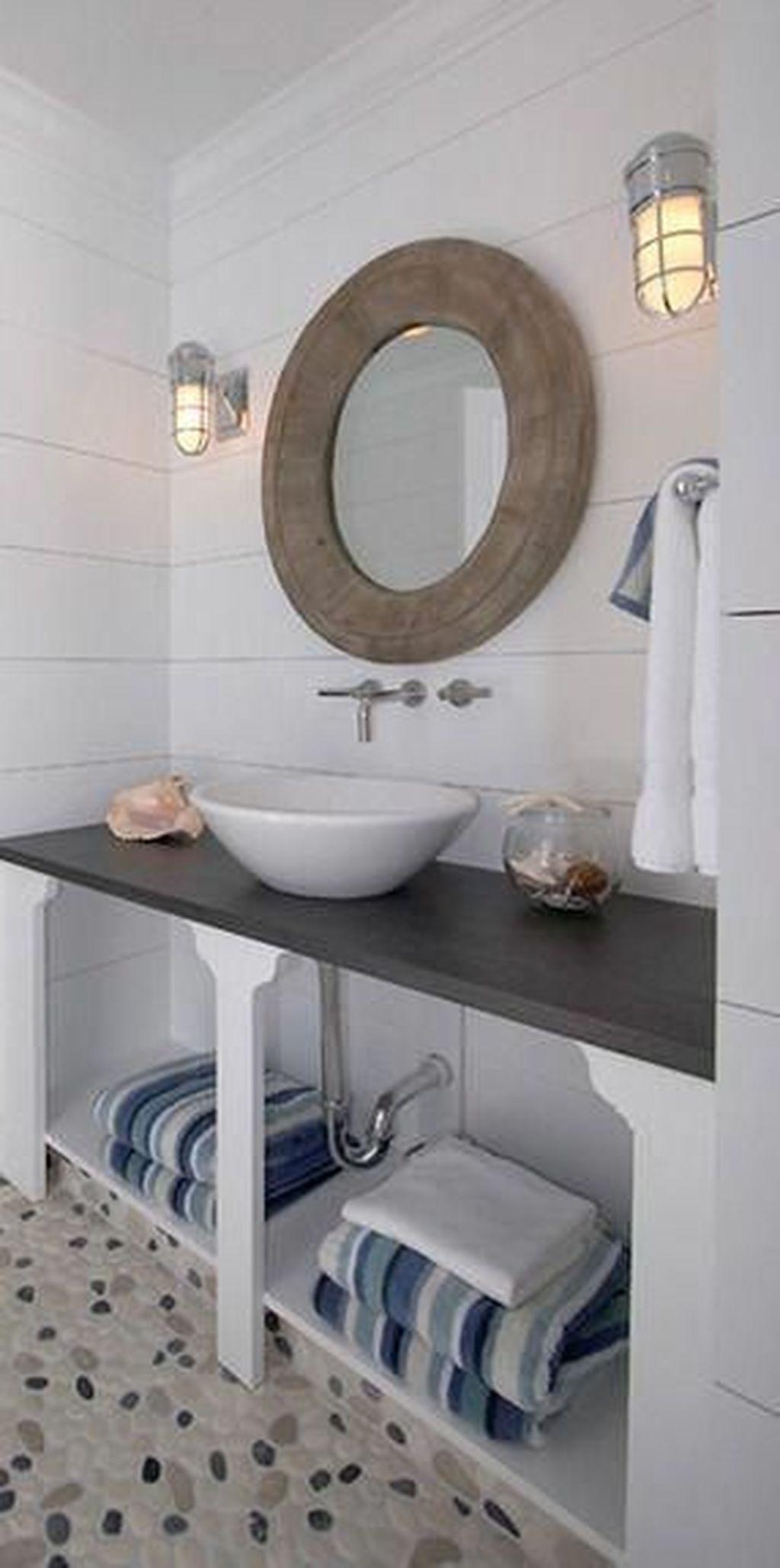 Nice Bathroom Decoration With Coastal Style 48