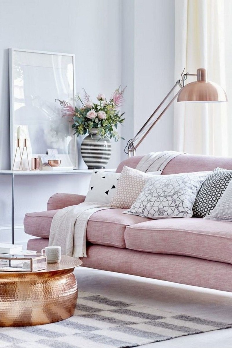 Lovely Pink Living Room Decor Ideas 04