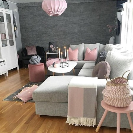 Lovely Pink Living Room Decor Ideas 19