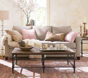 Lovely Pink Living Room Decor Ideas 24