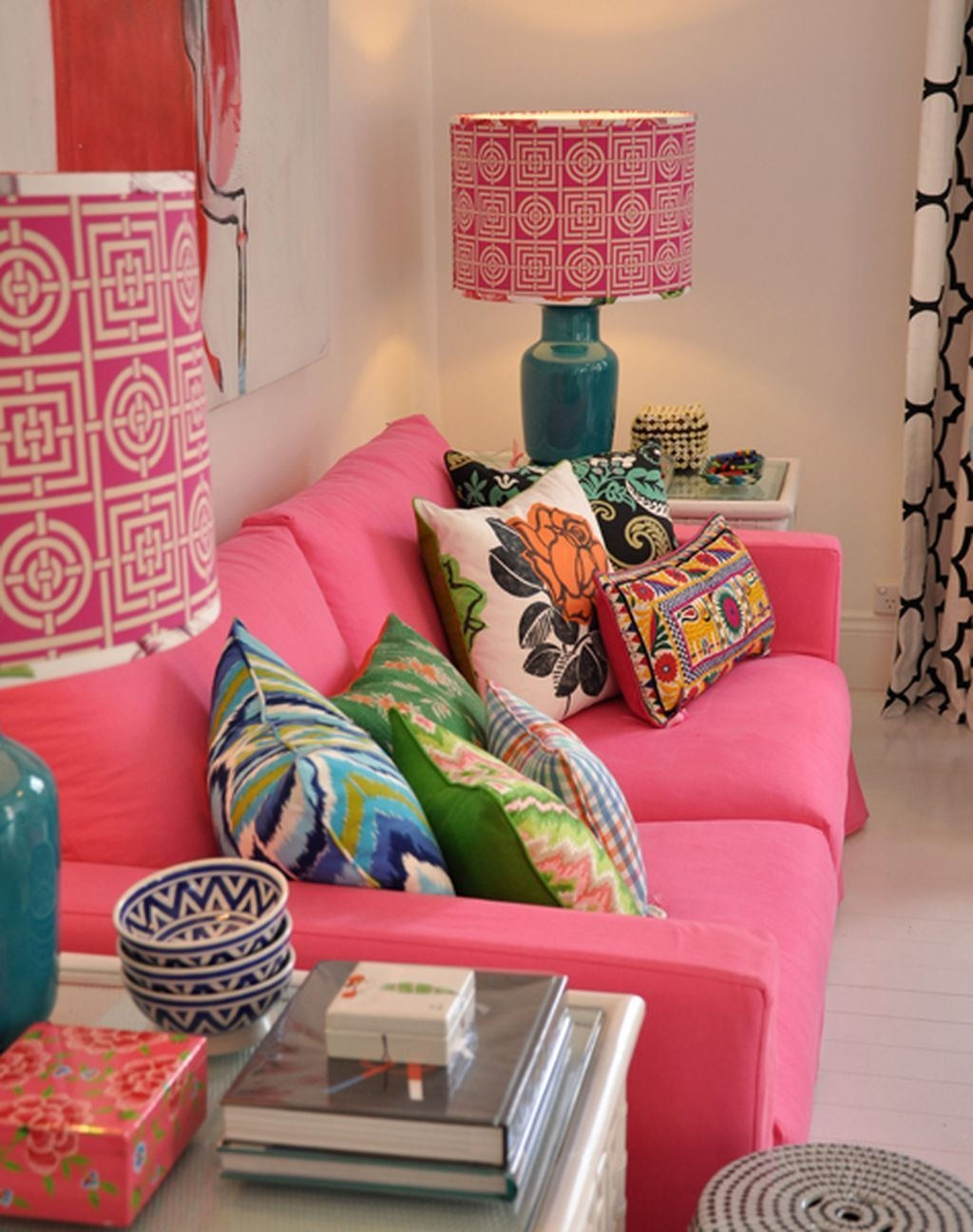 Lovely Pink Living Room Decor Ideas 41