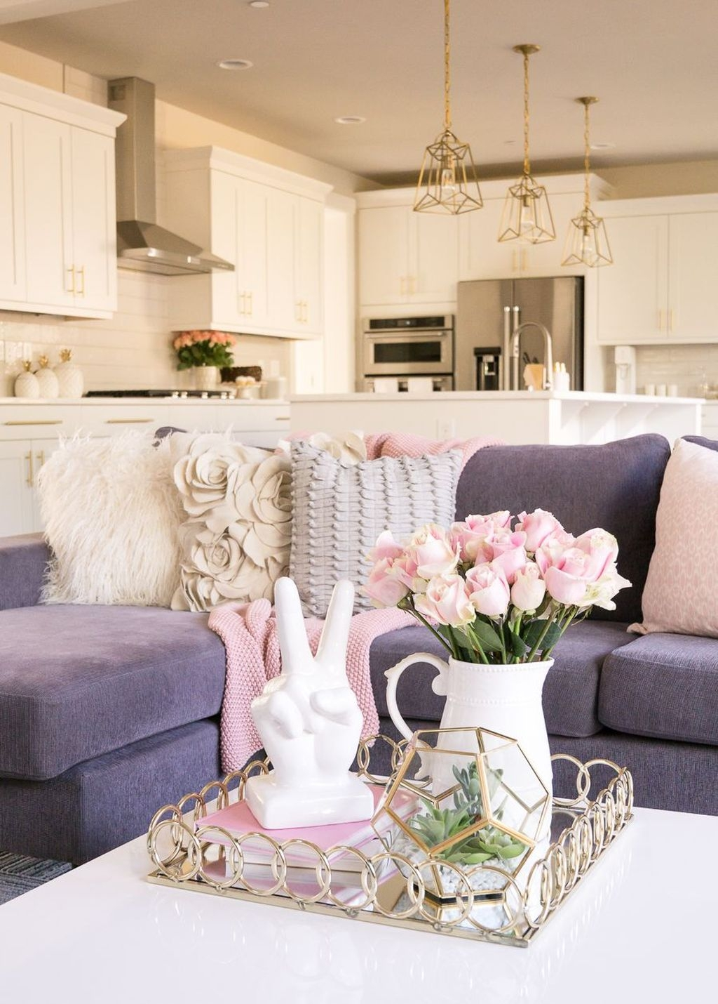 Lovely Pink Living Room Decor Ideas 43