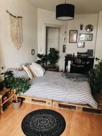 Minimalist Scandinavian Bedroom Decor Ideas 21