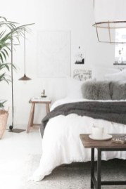 Minimalist Scandinavian Bedroom Decor Ideas 24