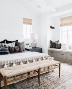 Minimalist Scandinavian Bedroom Decor Ideas 29