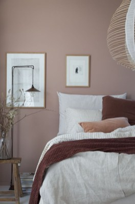 Minimalist Scandinavian Bedroom Decor Ideas 36