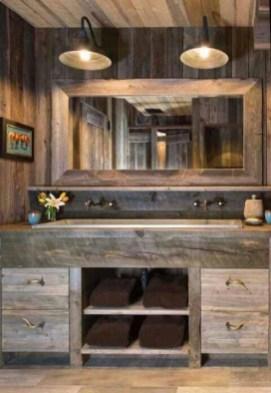 Perfect Rustic Farmhouse Bathroom Design Ideas 18