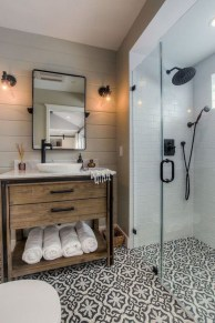 Perfect Rustic Farmhouse Bathroom Design Ideas 22