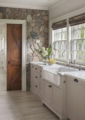 Perfect Rustic Farmhouse Bathroom Design Ideas 36