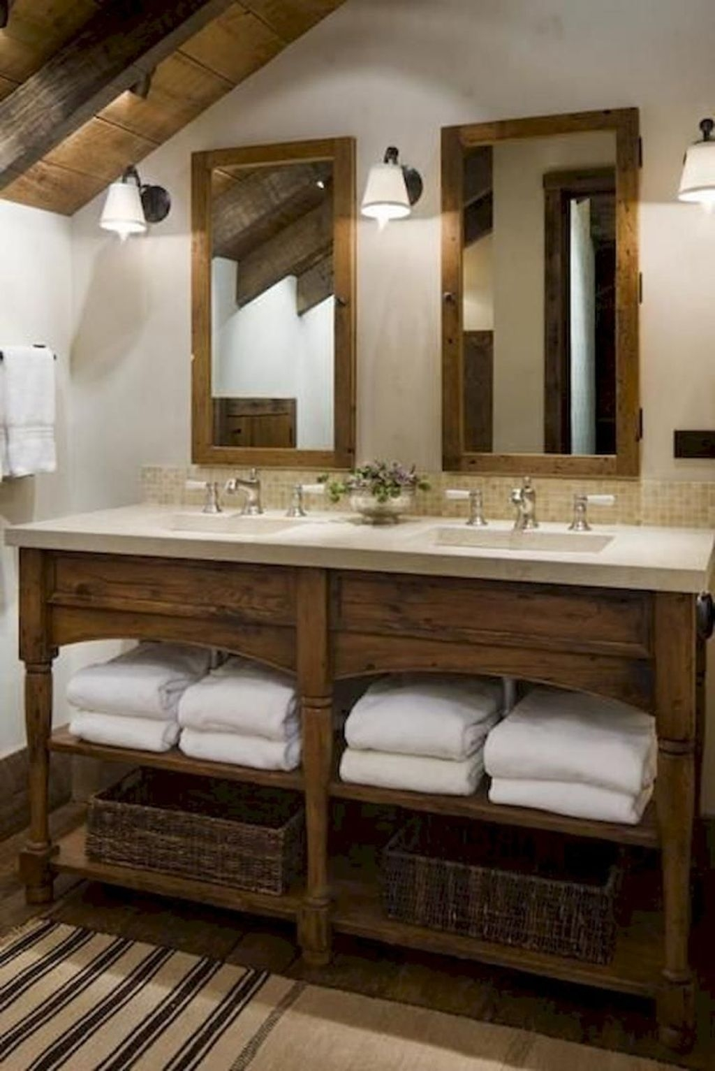 Perfect Rustic Farmhouse Bathroom Design Ideas 43