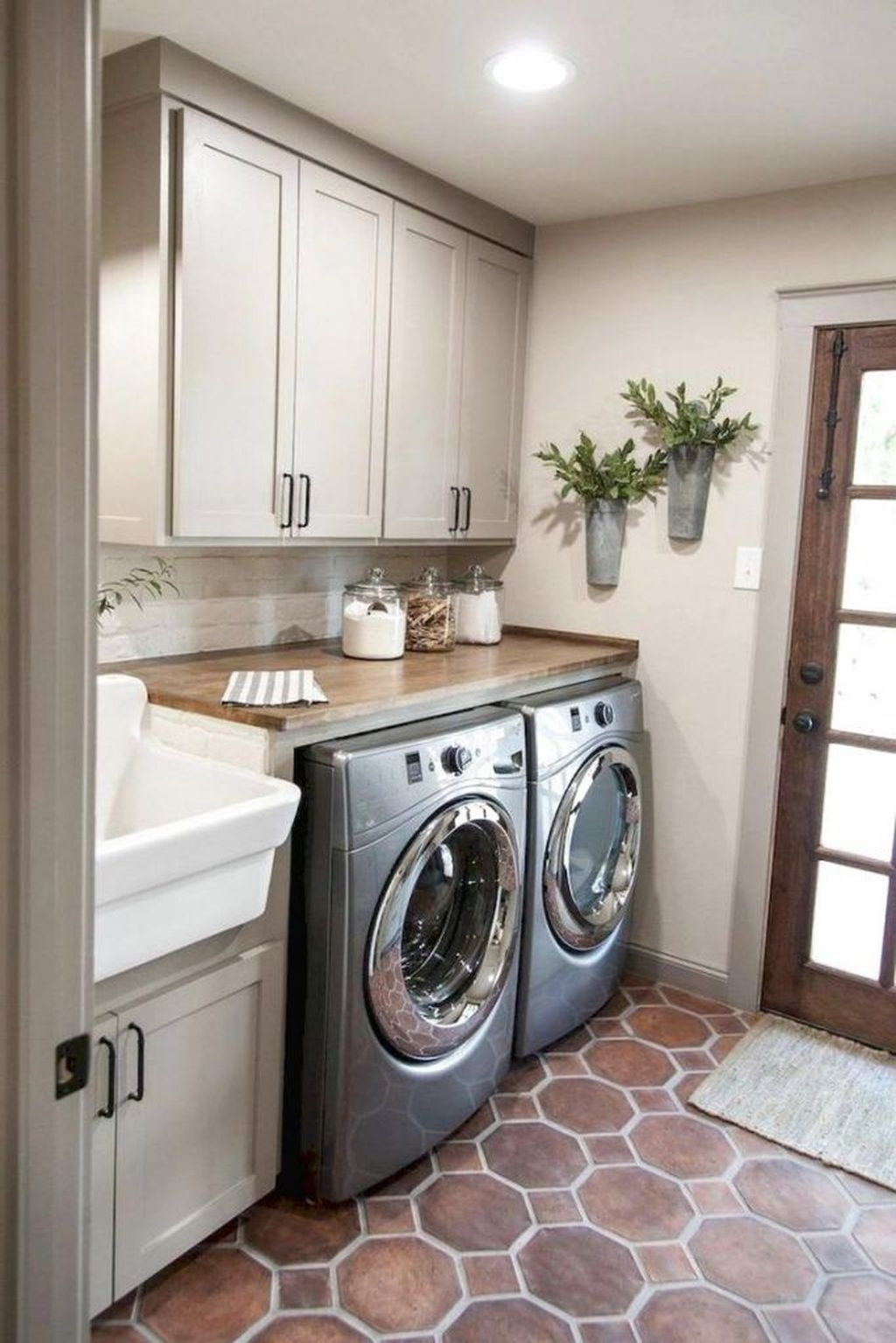 Small Laundry Room Design Ideas To Try 37