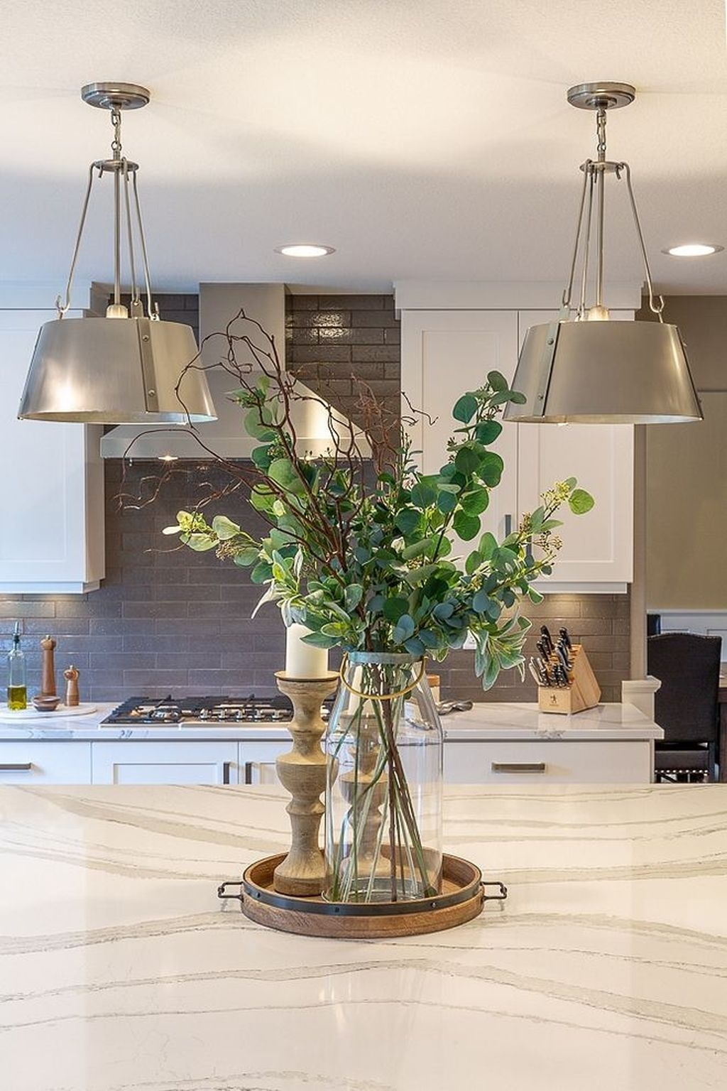 The Best Lighting In Neutral Kitchen Design Ideas 19