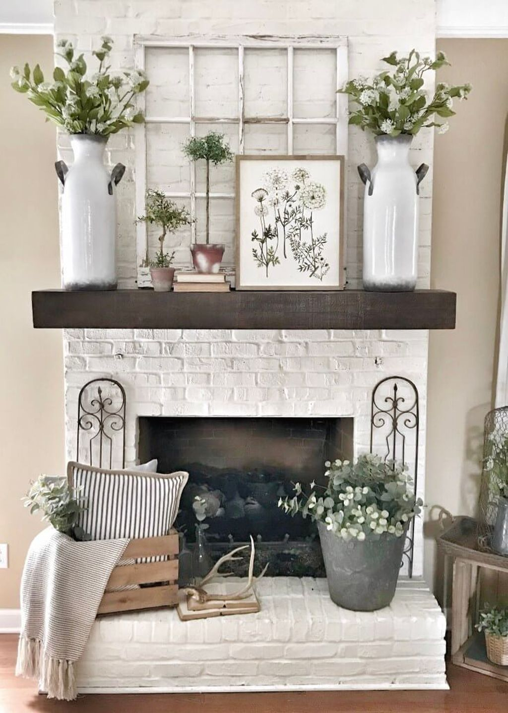Admirable Farmhouse Living Room Decor Ideas 15