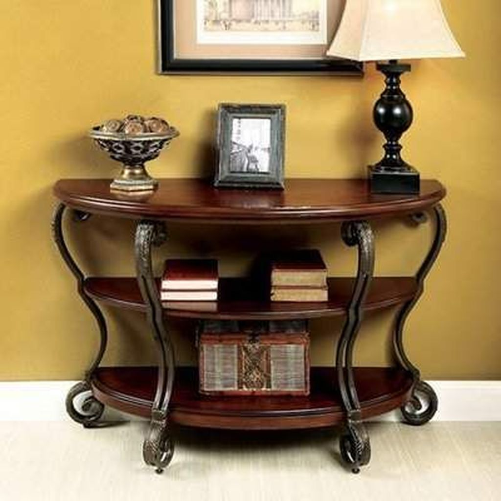 Amazing Sofa Table Decor Ideas You Should Try 04