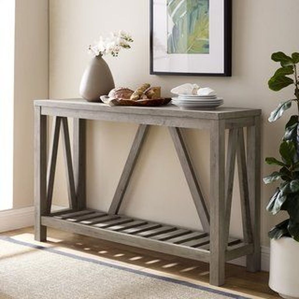 Amazing Sofa Table Decor Ideas You Should Try 10