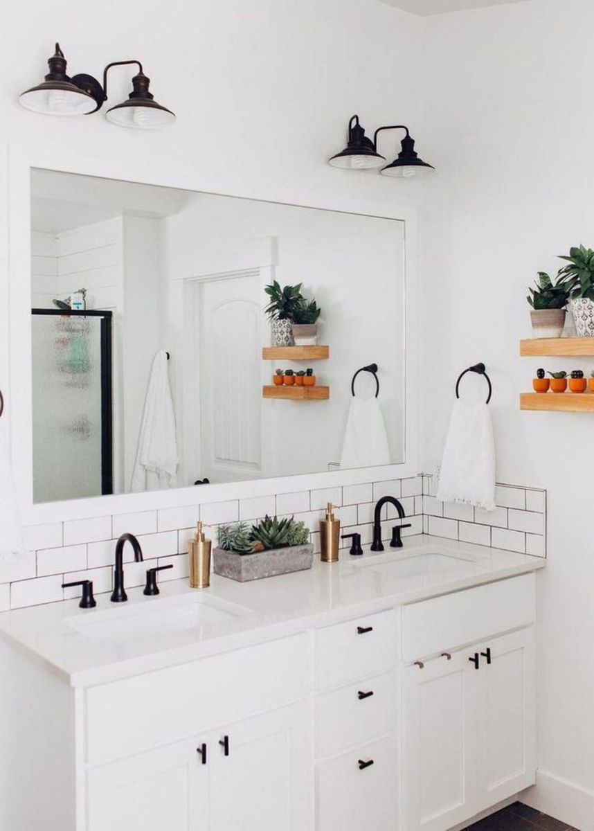 Amazing White Tile Bathroom Design Ideas Looks Elegant 10