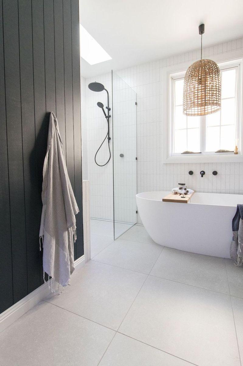 Amazing White Tile Bathroom Design Ideas Looks Elegant 31