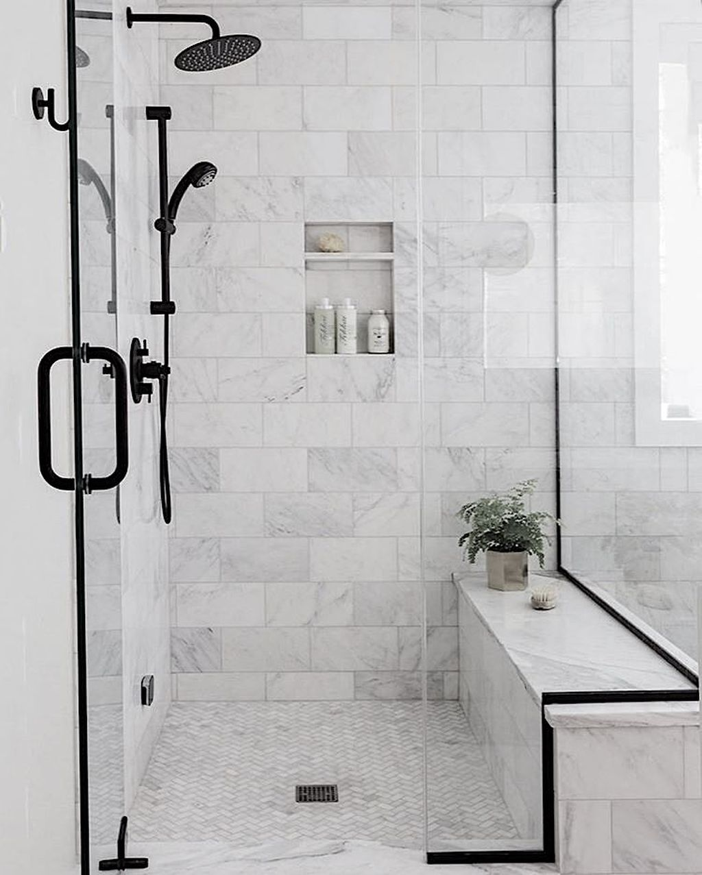 Amazing White Tile Bathroom Design Ideas Looks Elegant 36