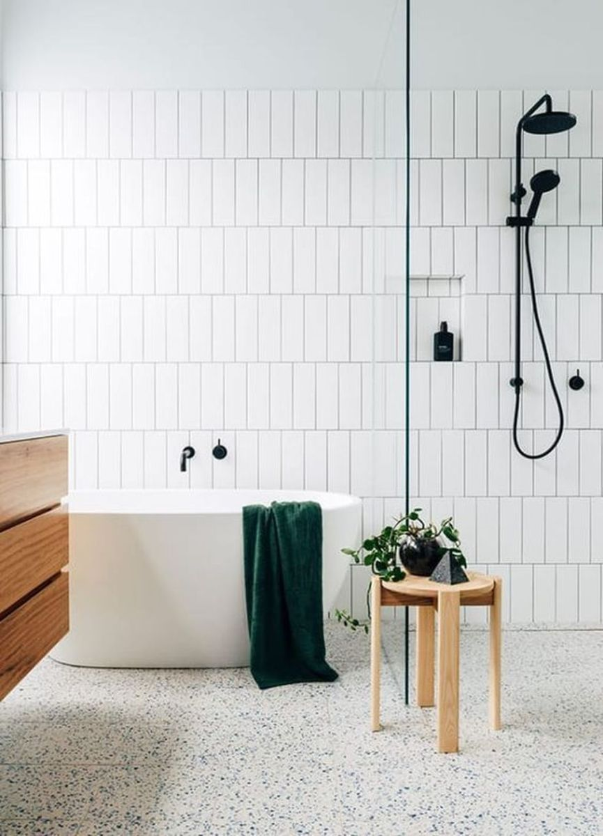 Amazing White Tile Bathroom Design Ideas Looks Elegant 37