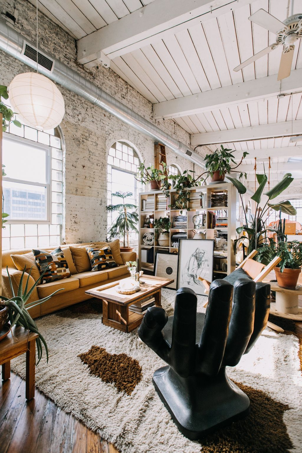 Awesome Loft Apartment Decorating Ideas 26