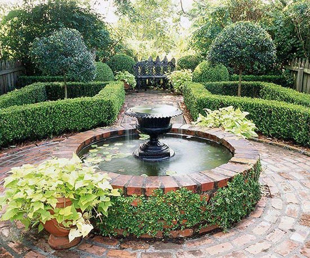 Beautiful Formal Garden Design Ideas 03