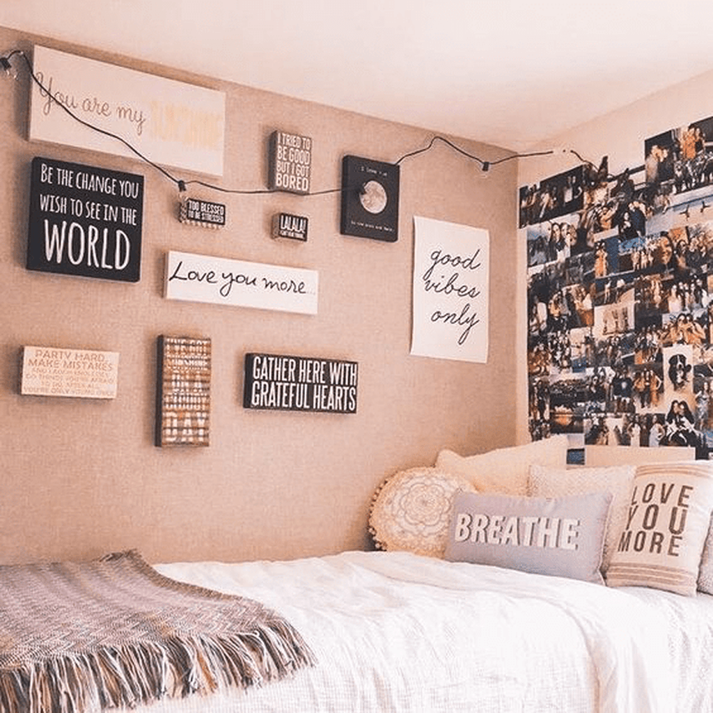 Cool Dorm Room Ideas To Maximize Your Space 04