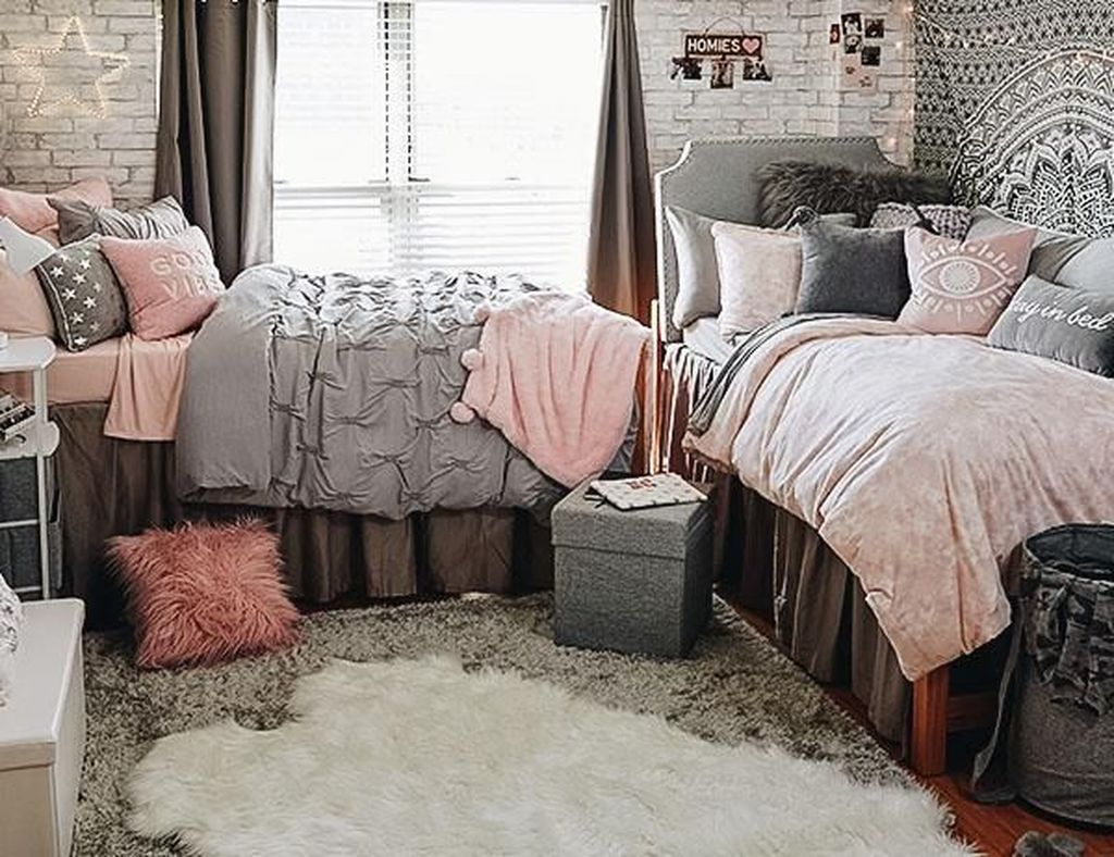 Cool Dorm Room Ideas To Maximize Your Space 07
