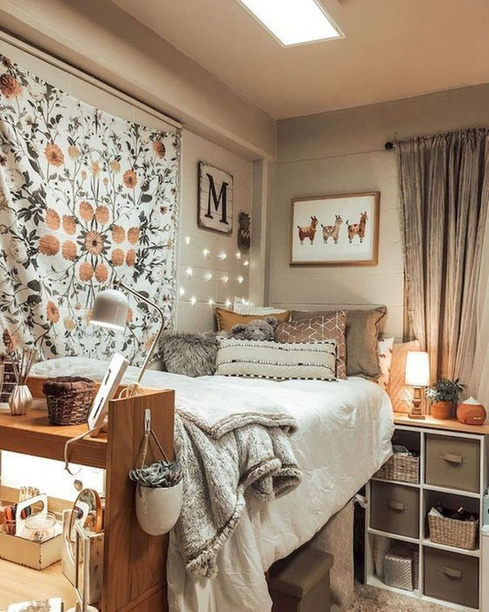 Cool Dorm Room Ideas To Maximize Your Space 25