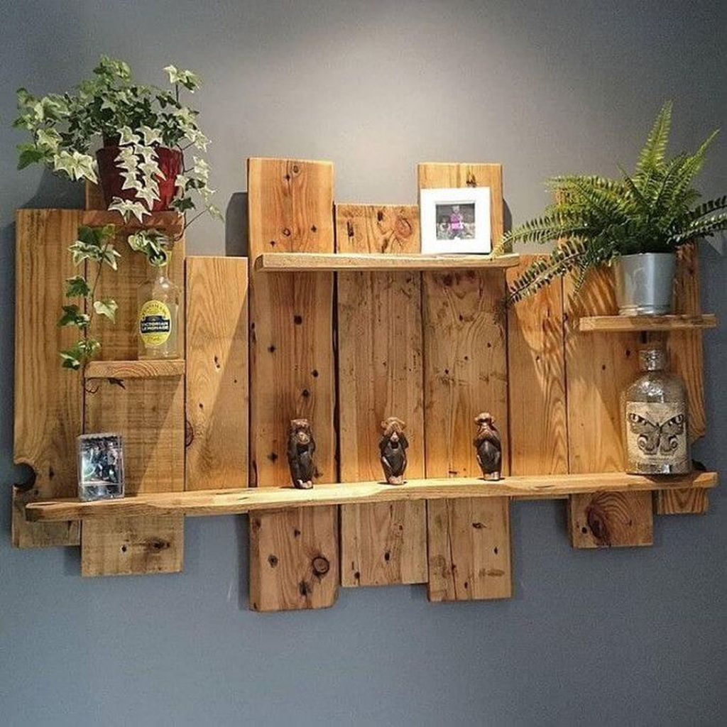 Fabulous Pallet Wall Decor Ideas To Beautify Your Interior 05