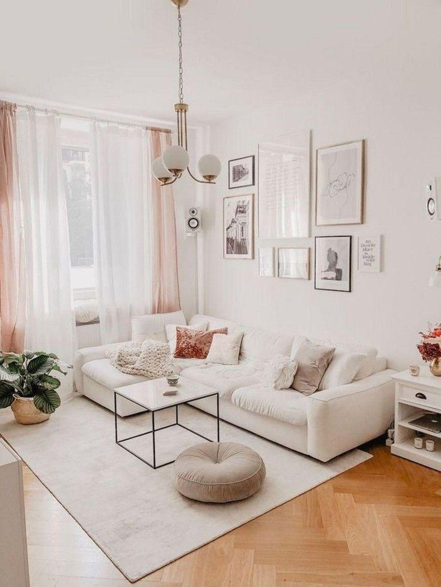 Fascinating Small Apartment Living Room Decor Ideas 21