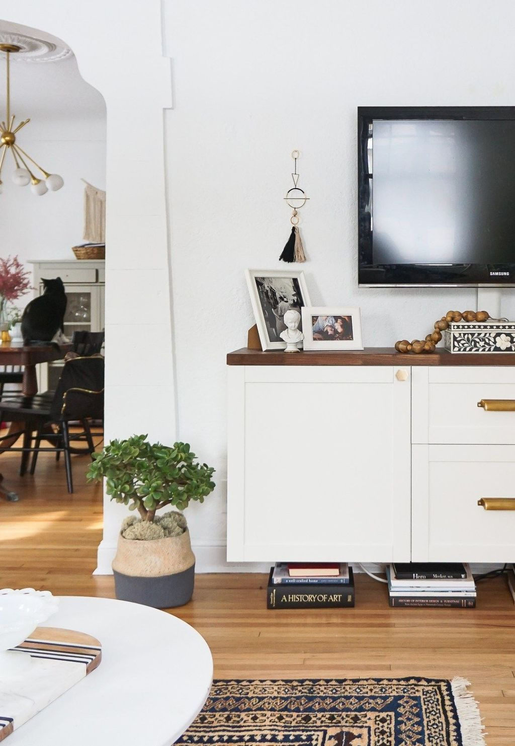 Fascinating Small Living Room Cabinet Design Ideas 23