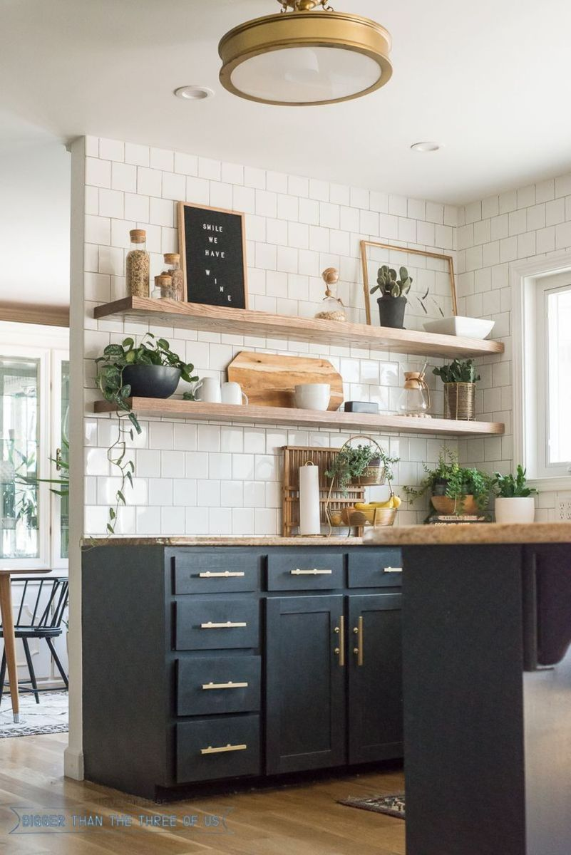 Gorgeous Kitchen Shelves Ideas You Must Have 02