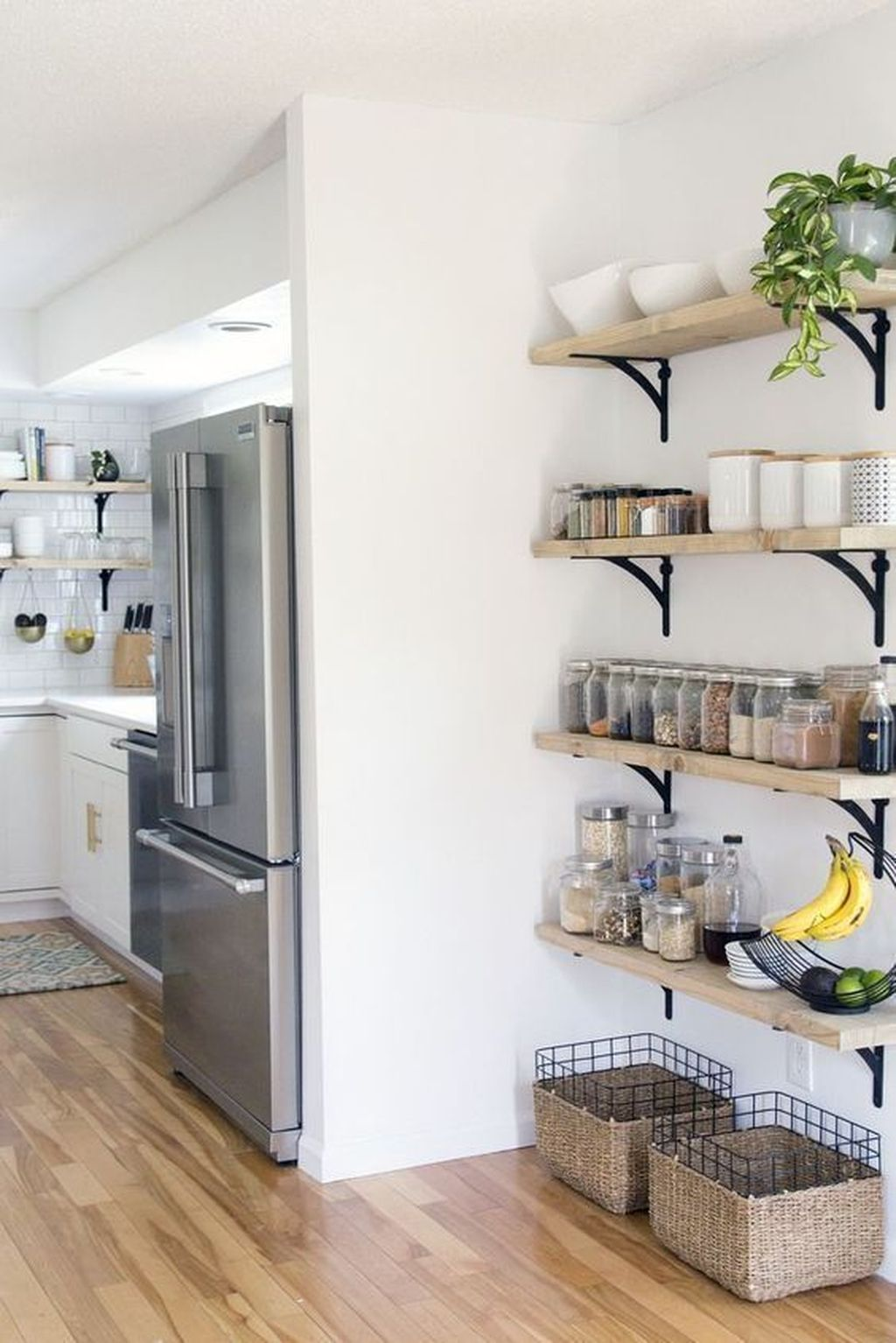 Gorgeous Kitchen Shelves Ideas You Must Have 07
