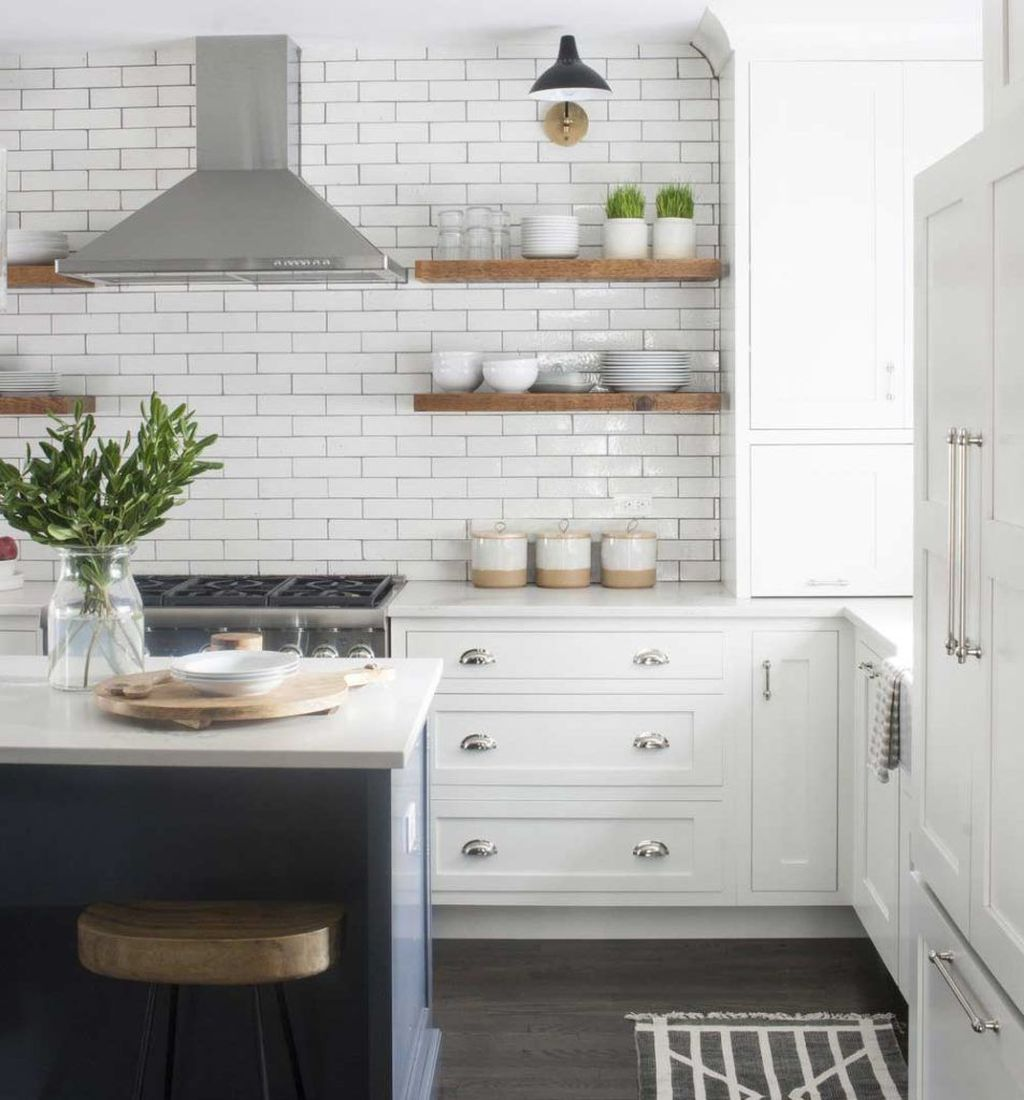 Gorgeous Kitchen Shelves Ideas You Must Have 21