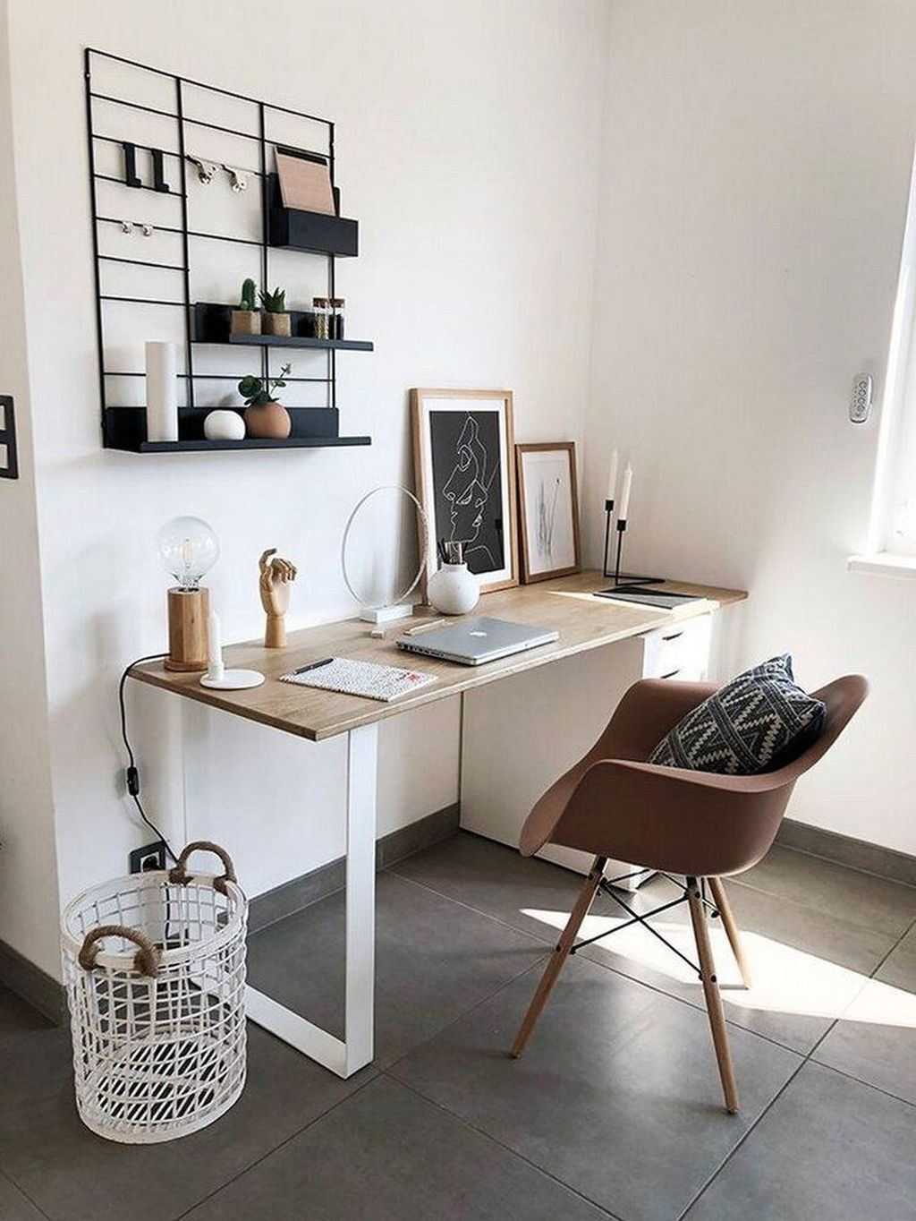 Inspiring Small Office Ideas For Small Space 04