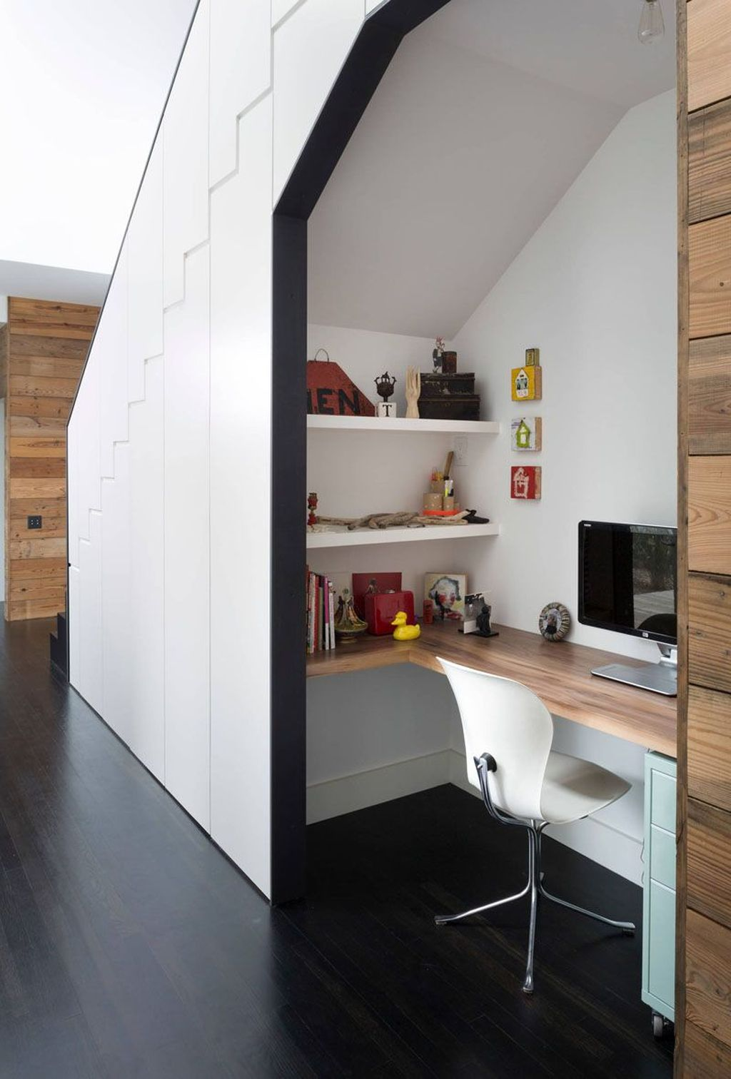Inspiring Small Office Ideas For Small Space 09